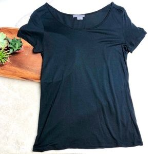 Vince | Black Scoop neck T-shirt Rayon